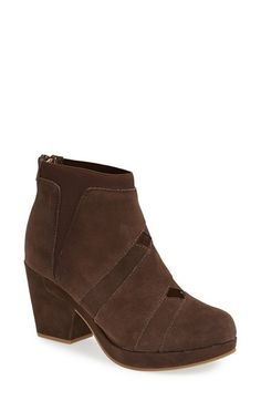 Free shipping and returns on Jambu 'Charleston' Bootie (Women) at Nordstrom.com. Dramatic cutouts highlight a suede bootie outfitted with a memory-foam insole and stretchy side panels to ensure a comfortable, perfect fit.