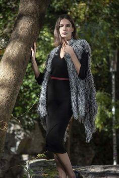 Πλεκτό σάλι σε εκρού-μαύρο χρώμα onesize Winter, Fashion, Winter Time, Moda, Fashion Styles, Fashion Illustrations, Fashion Models, Winter Fashion