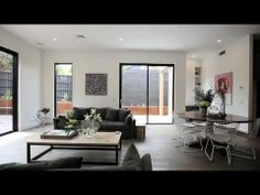 Marshall White: 23 Airedale Avenue Hawthorn