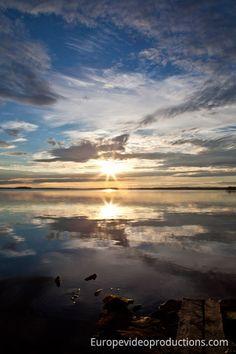 Europe Video Productions travel photo: sunset in Ranua in Finnish Lapland - photo midnight sun in Lapland in Finland Helsinki, Travel Images, Travel Photos, Santa Claus Village, Photo Voyage, Finland Travel, Midnight Sun, Amazing Sunsets, Destinations