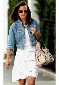 Classic, casual summer style. (Pippa Middleton)