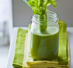 New Year's Detox Blast Loving green juice! Healthy Smoothies, Healthy Drinks, Healthy Recipes, Diet Drinks, Detox Recipes, Juicer Recipes, Healthy Juices, Beverages, New Years Detox
