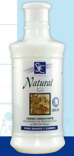 """La crema hidratante al aplicarse diariamente vence la famosa """"deshidratación"""", la sequedad que afecta a las primeras capas de la piel, nuestra epidermis, que se encuentra reseca y rígida. Hay muchas cremas hidratantes para la piel en el mercado, pero es importante conocer cuáles son las que se adaptan a la particularidad de tu piel. Prueba con nuestras Cremas S&C Natural hidratantes para hacer de tu piel la más brillosa. Haz tu pedido a ventas@clyesimport.com"""