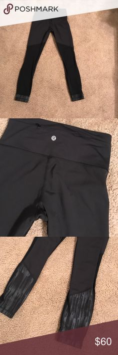 Lululemon leggings Mesh back design and cute print. Like new. Size 4. Price firm but bundle to save 15% lululemon athletica Pants