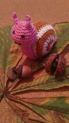 Crochet snail