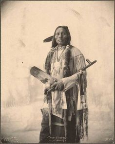 Tagged with history, cool, photography, awesome, native american; Hope You All Enjoy Seeing More Men and Woman From 5 Native American Tribes Over 100 Years Ago Compared to Today (PART Native American Images, Native American Tribes, Native American History, American Indians, American Symbols, American Women, Indian Tribes, Native Indian, Indiana