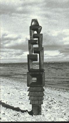 Vincas Jomantas, TOWER OF GRIEF, WOOD, 1958