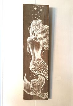 Florida Wood Amazing Hand Painted Mermaid on Distressed Board, Home Decor, Hand Crafted This is one of my favorite mermaid items in the shop and my best seller! Each mermaid can vary slightly because they are hand painted but all are beautifully u Mermaid Room, Mermaid Sign, Mermaid Bathroom Decor, Mermaid Canvas, Arte Sketchbook, Painting Inspiration, Diy Art, Wood Art, Painting & Drawing