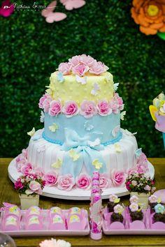 O bolo mais perfeito para um momento perfeito! #jardimdeborboletas