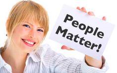 Como conclusão de um estudo sobre a transformação de boas empresas em grandes empresas, essa diferença está nas pessoas onde o segredo está na Atitude Mental Progressiva. Primam no desenvolvimento pessoal de todos, começando pelo seu, reconhecem o valor potencial de cada membro da sua equipa. São pessoas que acreditam no potencial ilimitado de crescimento do ser humano: http://atrairmaisclientes.com/porque-as-pessoas-sao-importantes +info: http://atrairclientes.com/