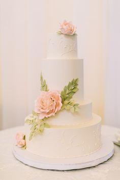 Pink Sugar Rose Wedding Cake | Confectionery Designs https://www.theknot.com/marketplace/confectionery-designs-newport-ri-282434 | Rebecca Arthurs Photography https://www.theknot.com/marketplace/rebecca-arthurs-photography-kona-hi-555582 |