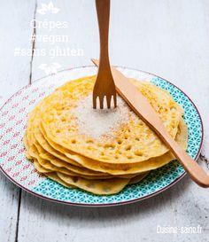 crêpes végan sans gluten   Ingrédients      80 g d'arrow root     250 ml d'eau de coco     150 g de farine de riz     150 g de farine de maïs     1 CS de purée d'amande     500 ml de lait d'amande     Sel     Huile d'olive