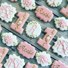 Sweet and girly first birthday 💕 Fall First Birthday, Fall 1st Birthdays, First Birthday Cookies, 1st Birthday Party For Girls, Girl Birthday Decorations, Birthday Ideas, Elegant Cookies, Carousel Cake, Princess Cookies