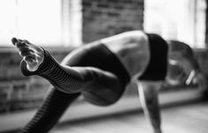 Moms Fitness Workout Routines That Actually Work. When it comes to moms fitness workout routines that work, it can be challenging to find the right one for you since there is so much misinformation in the Yoga Pictures, Yoga Photos, Yoga Photography, Lifestyle Photography, Yoga Meditation, Kundalini Yoga, Yin Yoga, Photo Yoga, Fitness Del Yoga