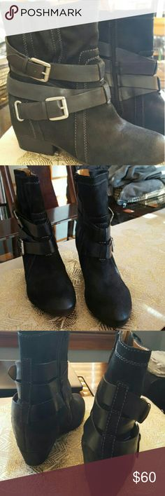 Rare naya platform boots Rare black leather naya boots. These boots are detailed so well! Would love to keep put I didnt wear enough to break in. Size is 12M but they would be more suited for a 11M. naya Shoes Ankle Boots & Booties
