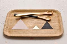 DIY: triangles on wood