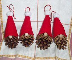The Free Money-Saving Tips Ezine: Homemade Christmas Ornaments: Pinecone Gnomes – crafts – Weihnachten Kids Crafts, Christmas Crafts For Kids, Simple Christmas, Christmas Projects, Holiday Crafts, Family Crafts, Santa Crafts, Wood Crafts, Primitive Crafts