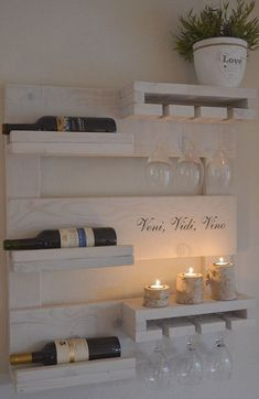How to make a DIY Pallet Bar? wohnen - diy pallet creations How to make a DIY Pallet Bar? - Is it your friend's birthday or some big event coming up in few days? If yes and you wanted to surprise him then making a DIY pallet Wood Wine Racks, Wine Rack Wall, Corner Wine Rack, Wine Wall, Bar Deco, Wine Rack Design, Coffee Bar Home, Wine Decor, Pallet Creations