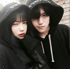 Ulzzang couples uploaded by ✿𝐑𝐨𝐰𝐞𝐧𝐚 𝐑𝐚𝐯𝐞𝐧𝐜𝐥𝐚𝐰✿ Korean Ulzzang, Ulzzang Boy, Korean Couple, Best Couple, Couple Ulzzang, Couple Goals Cuddling, Korean Best Friends, Girl Couple, Most Beautiful Images