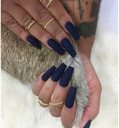 this color can go matte or reg {}