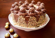 Zucchini cake with pine nuts - Clean Eating Snacks Ferrero Rocher, Dark Chocolate Chips, Chocolate Cake, Romanian Food, Romanian Recipes, Cupcake Mold, Zucchini Cake, Cupcakes, Nutella