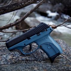 The Best Concealed Carry Guns For Women - Allgunslovers Concealed Carry Weapons, Concealed Carry Women, Pistol For Women, Glock 19 For Women, Handgun For Women, Best Handguns, Custom Guns, Cool Guns, Arsenal