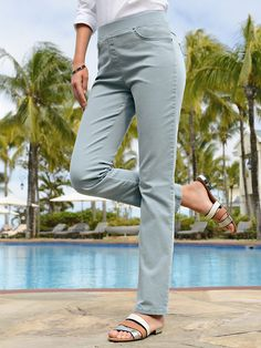 "Raphaela by Brax - ""ProForm Slim"" Schlupf Jeans – Modell PAMINA - Salbei denim Slim Jeans, Capri Pants, Denim, Fashion, Sage, Model, Capri Trousers, Moda, La Mode"