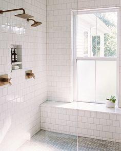 "298 likerklikk, 3 kommentarer – Elizabeth Lawson Design (@elizabethlawsondesign) på Instagram: ""Another gorgeous shot of @clarypfeiffer 's home. Simple is always best."""