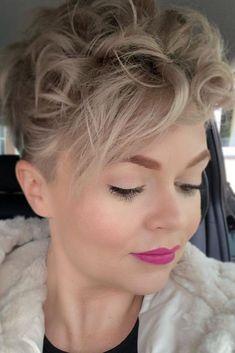 Hair Color Pixie Cut, Pixie Cut With Bangs, Longer Pixie Haircut, Pixie Cut Styles, Short Pixie Haircuts, Pixie Hairstyles, Pixie Cuts, Hair Colour, Curly Hair Cuts