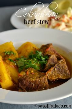 A Colombian beef stew is one of my favorite comfort foods, especially when it's really cold outside. I already showed you a basic way to make a Colombian style chicken stew, or at least… Colombian Dishes, Colombian Cuisine, Colombian Recipes, Beef Recipes, Cooking Recipes, Cuban Recipes, Healthy Recipes, Pollo Guisado, Slow Cooker Beef