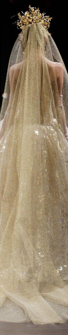 The Midas Touch from Naeem Khan. Beautiful gold gown and veil. - The Midas Touch from Naeem Khan. Beautiful gold gown and veil. Trendy Wedding, Gold Wedding, Wedding Styles, Timeless Wedding, Wedding Veils, Wedding Dresses, Wedding Hair, Style Rose, Naeem Khan Bridal
