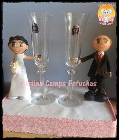 Cristina Camps Fofuchas: Fofuchos novios con copas.