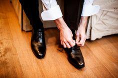 Terno do noivo | Noivo | Groom | Traje do noivo | Sapato do noivo | Making of do noivo | Inesquecível Casamento