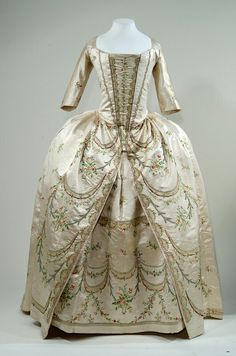 Robe parée, 1780-1790, From the Bayerisches Nationalmuseum Munich
