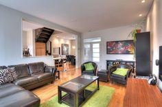 Cottage urbain. - centris.ca Condo, Jean Philippe, Conference Room, Cottage, Table, Furniture, Home Decor, House Beautiful, Urban