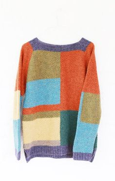 The sweater made from pure wool yarn. wool (soft) Size: XS, S Width: Length: Sleeve length from shoulder: For inch) height. Knitting Designs, Knitting Patterns, Knit Art, Embroidery On Clothes, Knitted Coat, Sweater Making, Knit Picks, Color Block Sweater, Fall Sweaters