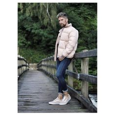 Stanley Dru is a successful businessman who runs a luxury grooming products company and a very popular fashion and lifestyle blogger. Male Fashion, Fashion Bloggers, Believe, How To Remove, Winter Jackets, Popular, Running, Lifestyle, Luxury