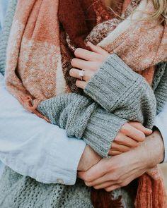 Adorable winter engagement photo! #engagementphoto