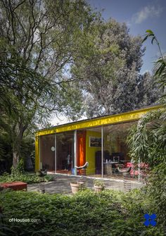 145. Richard Rogers /// Rogers House /// Wimbledon, London, UK /// 1968-1969 OfHouses guest curated by Wonne Ickx (PRODUCTORA). (Photos 1-5 © Richard Einzig, Richard Bryant, Tim Crocker.)