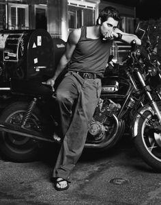 Jake Gyllenhaal by Mark Seliger for GQ, 2003