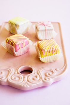 Petite treats! Cute and delicious.