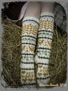 Super Ideas For Knitting Socks Pattern Fair Isles Beautiful Fair Isle Knitting, Knitting Socks, Hand Knitting, Knit Socks, Knitting Designs, Knitting Patterns Free, Knitting Projects, Food Patterns, Fair Isles