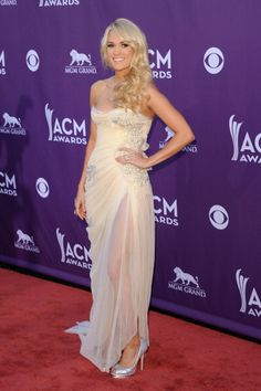 Carrie Underwood looking stunning as she arrives at the ACMs.