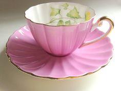 Celandine Lilac Shelley Tea Cup and Saucer, Shelley Lilac Ludlow Teacup, Tea Set, Bone China Tea Cups, Tea Sets, Antique Teacups, VogueTeam