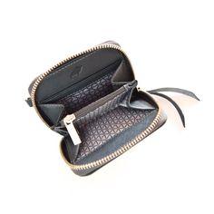 Monedero para dama, línea Degrade en técnica espazolato. Zip Around Wallet, Fashion, Coin Purse, Lady, Leather, Accessories, Moda, Fashion Styles, Fashion Illustrations