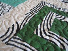 Free motion quilting tutorial.
