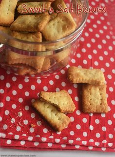 Bakery Style Sweet and Salt Biscuits Recipe - Sharmis Passions Salt Biscuits Recipe, Easy Biscuits, Easy Biscuit Recipe, Buttery Biscuits, Cookie Brownies, Cake Cookies, Savory Snacks, Tray Bakes, Tea Time