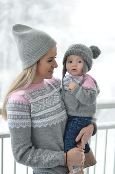S/M og Kids And Parenting, Winter Hats, Knitting, Children, Norway, Knits, Fashion, Nightgown, Tejidos