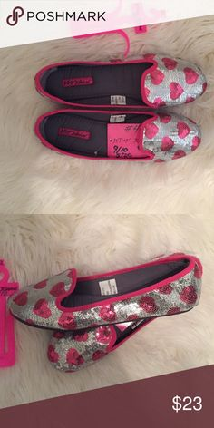 SZ 9/10 BETSEY JOHNSON HOUSE SHOES FOR VALENTINES These are new and fit a 9.5 to 10 best- rubber non slip soles. Very cute 💗 Betsey Johnson Shoes Slippers