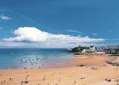 Tenby, Pembrokeshire named in Top 5 Best British Seaside Towns in The Telegraph Wales Uk, South Wales, Folly Farm, Seaside Apartment, Scotland Tours, Visit Wales, British Seaside, North Beach, Rock Pools